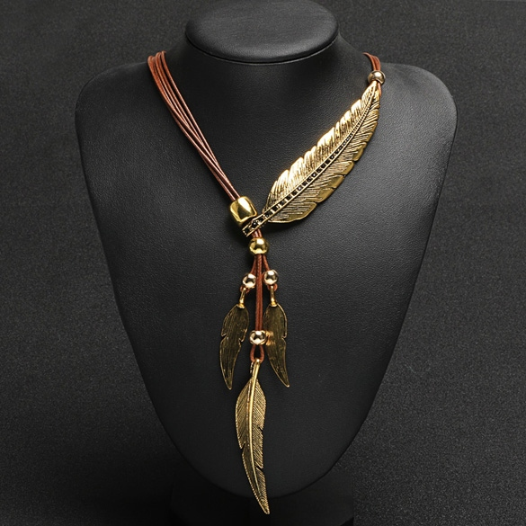 Bohemian neckpiece